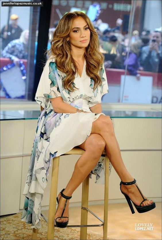 jennifer lopez feet 4