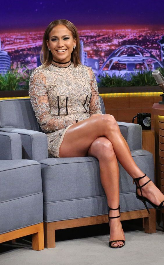 jennifer lopez feet 44