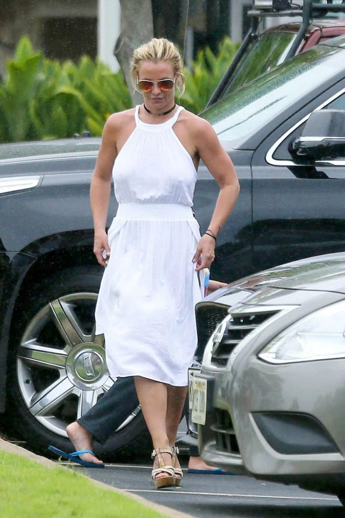 Britney Spears feet 8