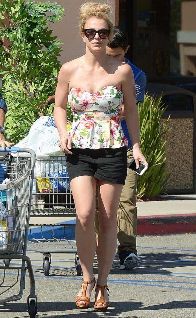 Britney Spears feet pic 4
