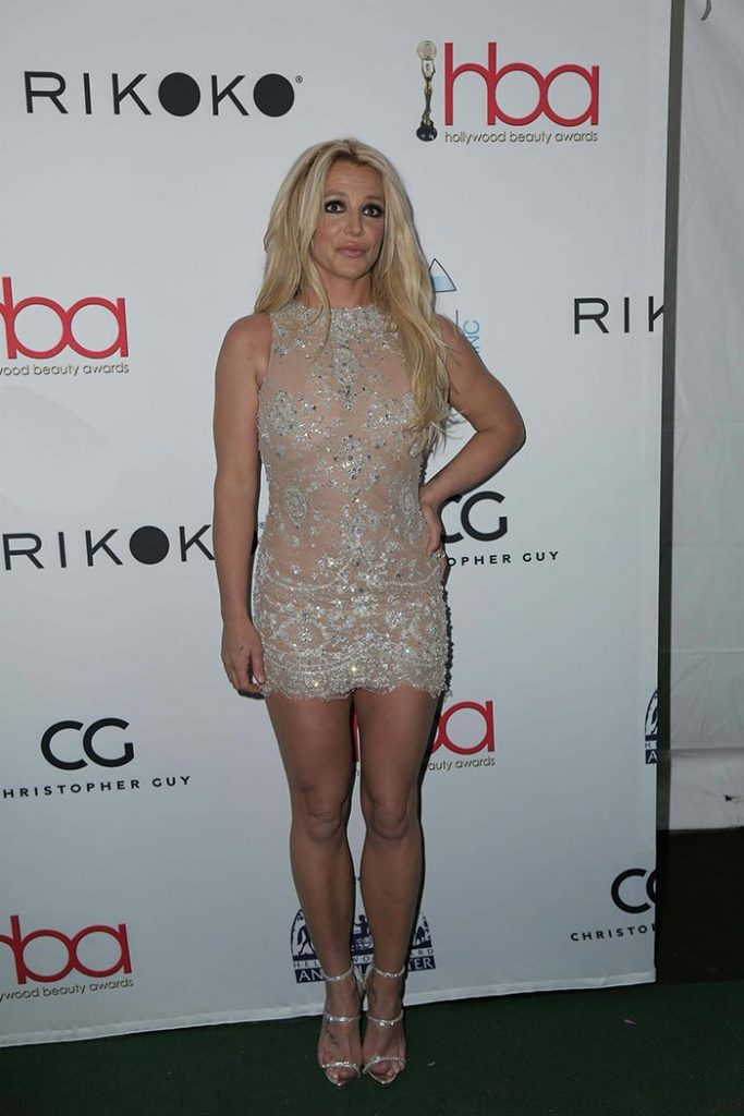 Britney Spears hot legs pictures 3