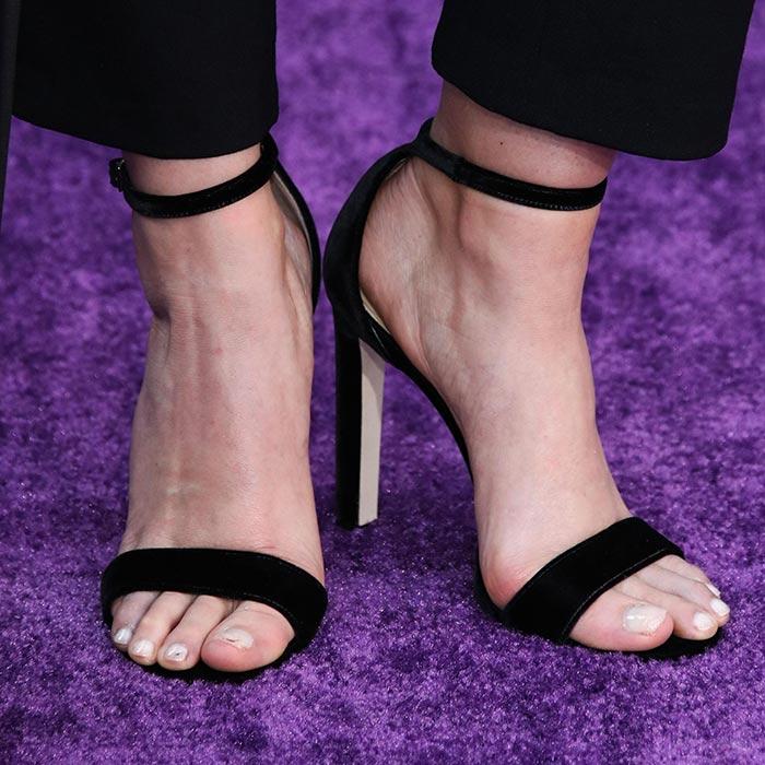 Elizabeth Olsen Beautiful Feet