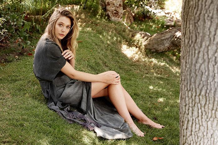 Elizabeth Olsen Sexy feet 42