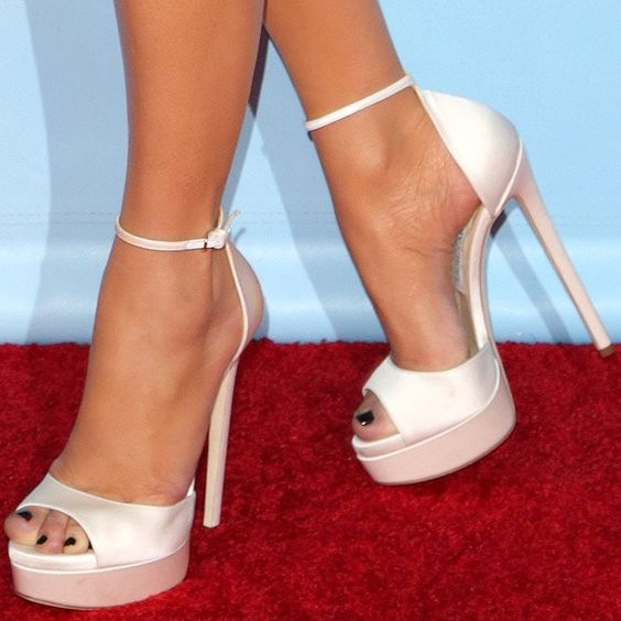 jennifer lopez feet1