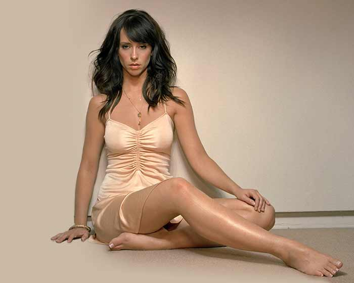 Jennifer Love Hewitt 21