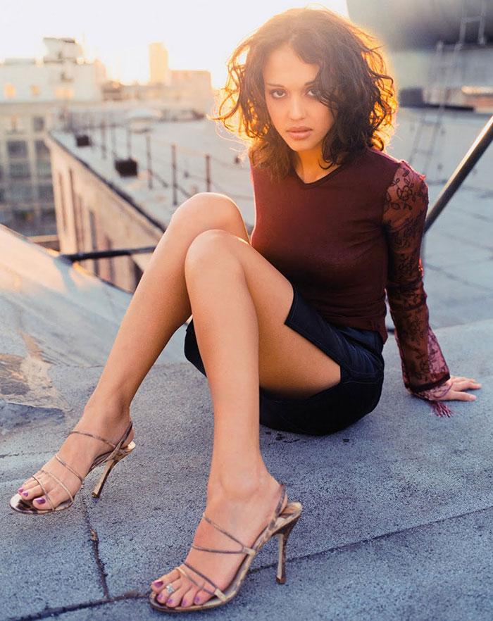 Jessica Alba feet 13