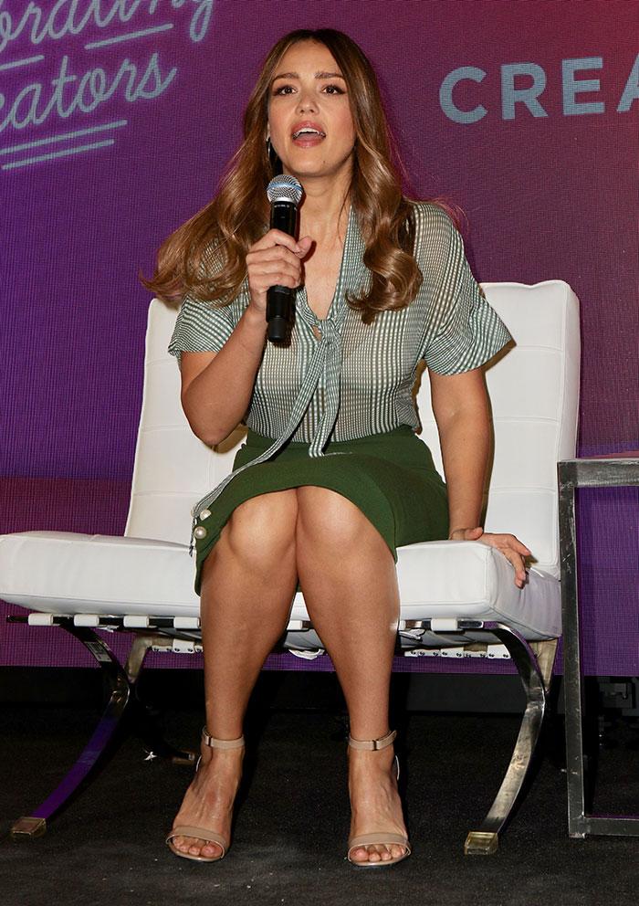 Jessica Alba feet 6