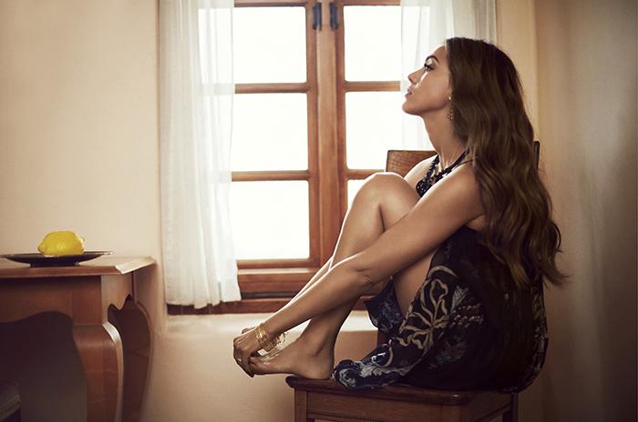 Jessica Alba feet 3